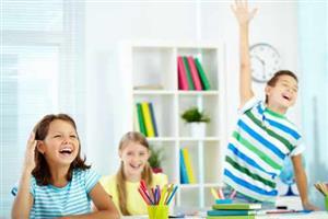 雅思考试成绩提升是自学好还是报班好?